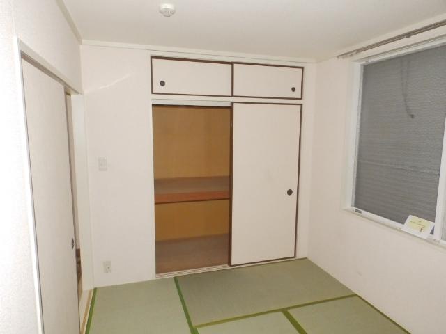 サニーコートカノウB 101号室のリビング