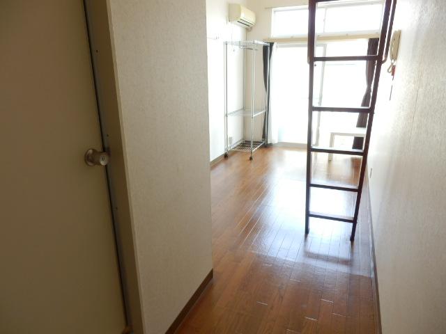 ピア6 608号室のリビング