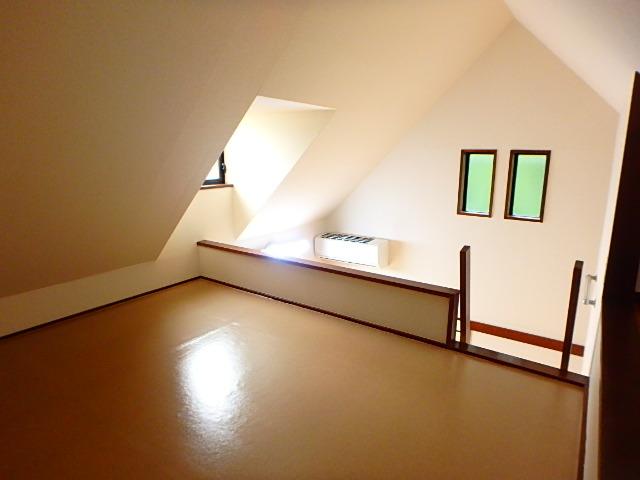 ドールハウス B201号室のその他