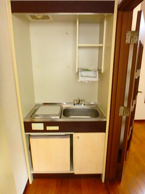 ドールハウス B201号室のキッチン