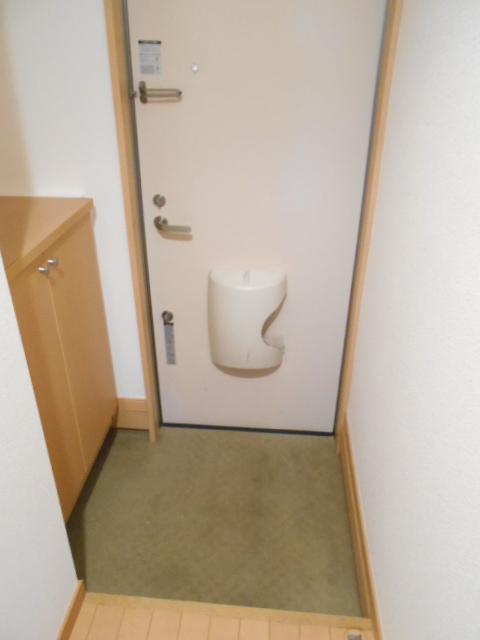ドリーム・オーノ 101号室の玄関