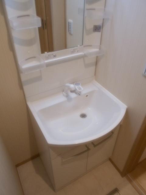 Parador Nishifunabashi 101号室の洗面所