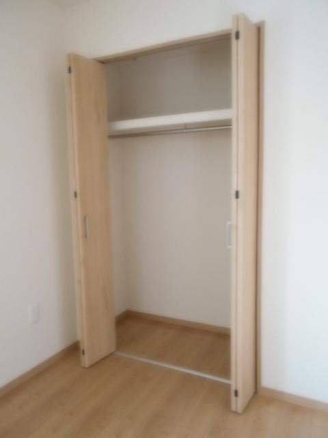 Parador Nishifunabashi 101号室の収納