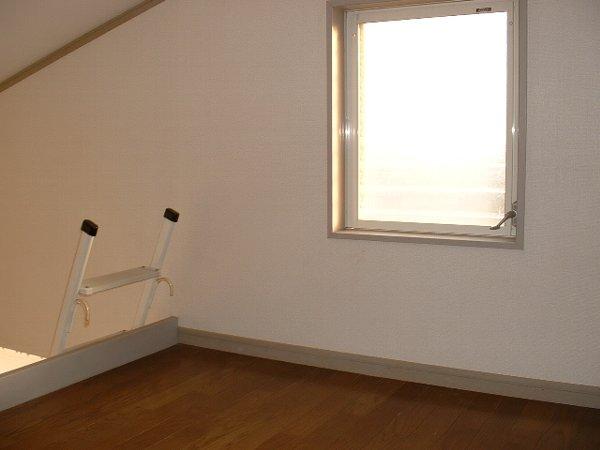 ロワール実籾 206号室のベッドルーム
