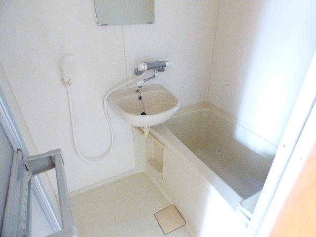 ローズパル 202号室の風呂
