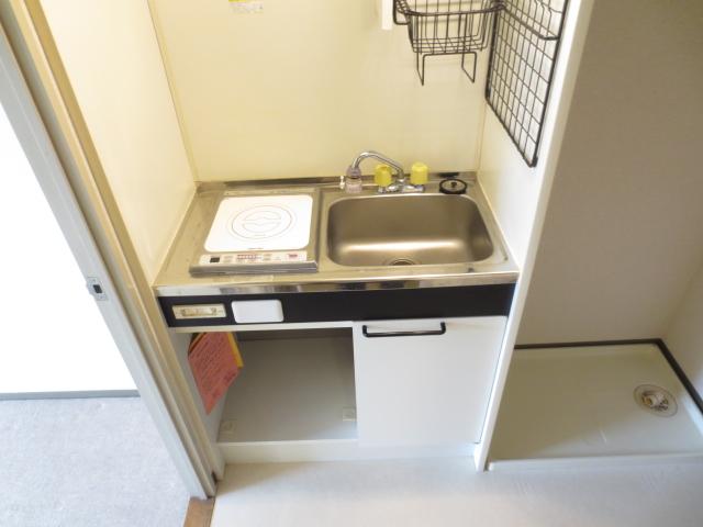 シティクレスト津田沼 211号室のキッチン