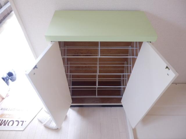 ヴィラセイワB 201号室の収納