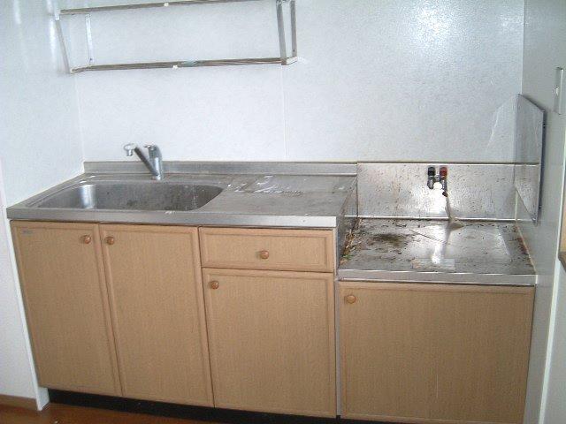 エスペランサ前原 101号室のキッチン