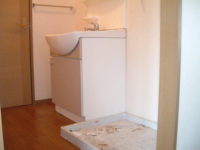 エスペランサ前原 101号室の洗面所