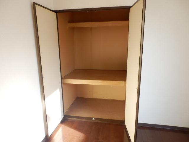 ヒルズミヤマ 202号室の収納
