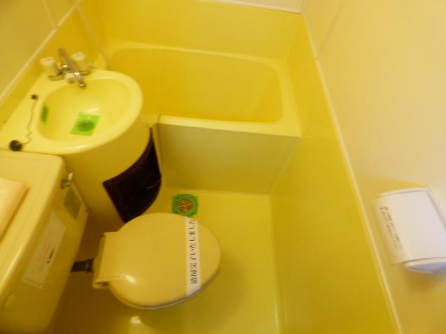 ジュネパレス津田沼第20 104号室のトイレ