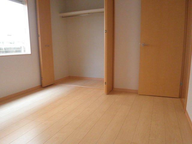 セントヒルズ津田沼1 101号室のリビング
