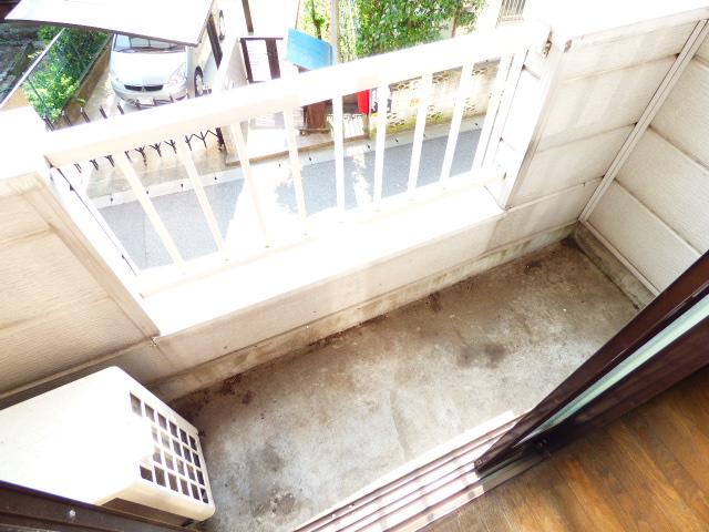 コーポ芝田 302号室のバルコニー