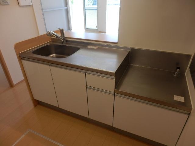 サンガーデン 101号室のキッチン