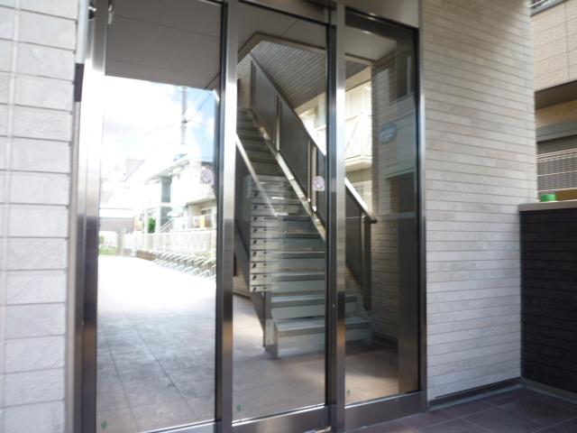 サンライズ津田沼Ⅲ 201号室のエントランス