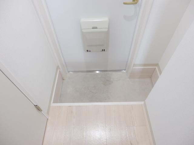 ブリリアント大木 305号室の玄関