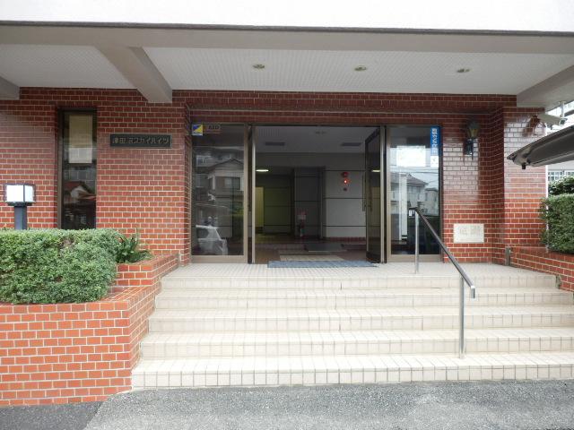 津田沼スカイハイツ 807号室のエントランス