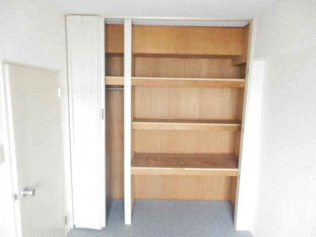 津田沼スカイハイツ 807号室の収納