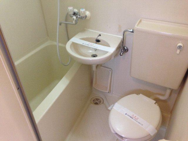 トラストビラ住吉 304号室の風呂