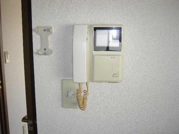 エルム日吉 102号室のセキュリティ