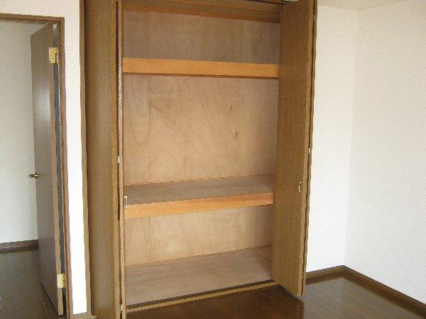 エルム日吉 102号室の収納