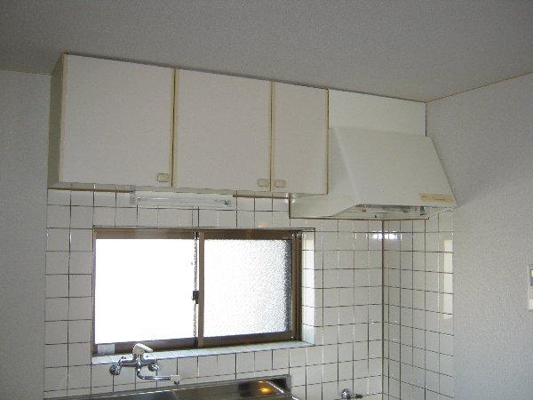 エルム日吉 102号室のキッチン