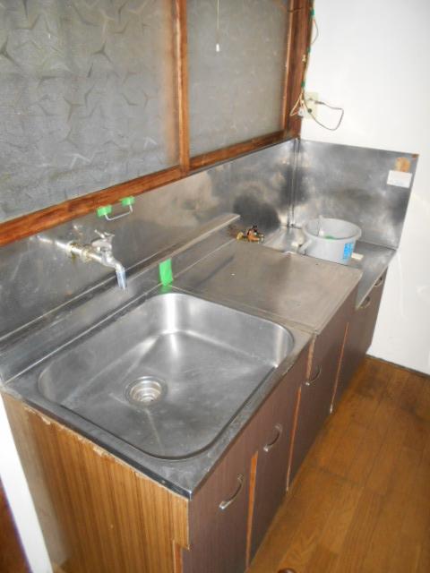 メゾンチェルシー 202号室のキッチン