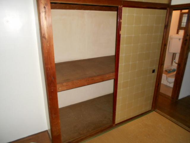 メゾンチェルシー 202号室の収納