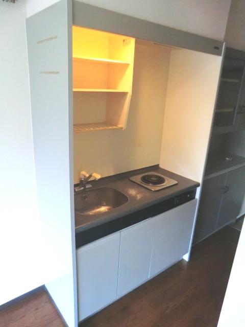 メゾン・ド・コンフォール 221号室のキッチン
