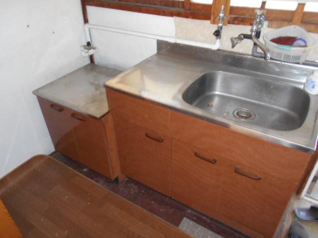 日の出荘 2号室のキッチン
