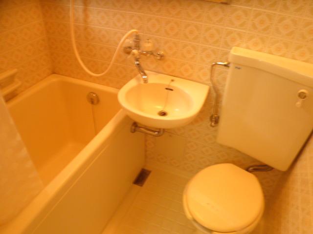 ロゼ4 425号室の風呂