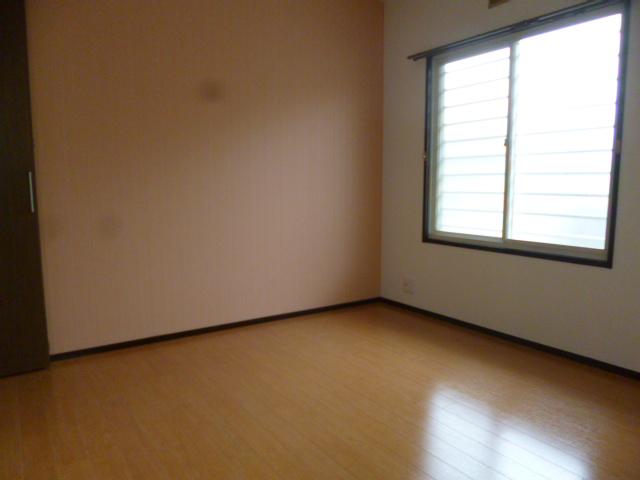 メゾン・ド・ジュネス 202号室の居室
