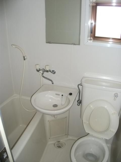 エトワール玉川学園 102号室の風呂
