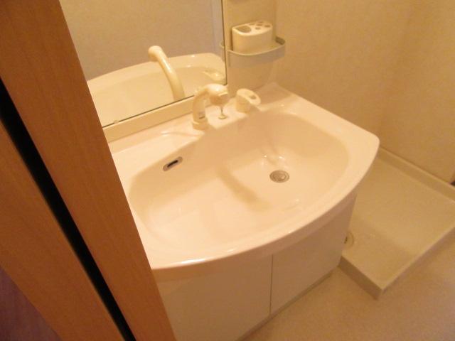 シャルマンⅡ 101号室の洗面所