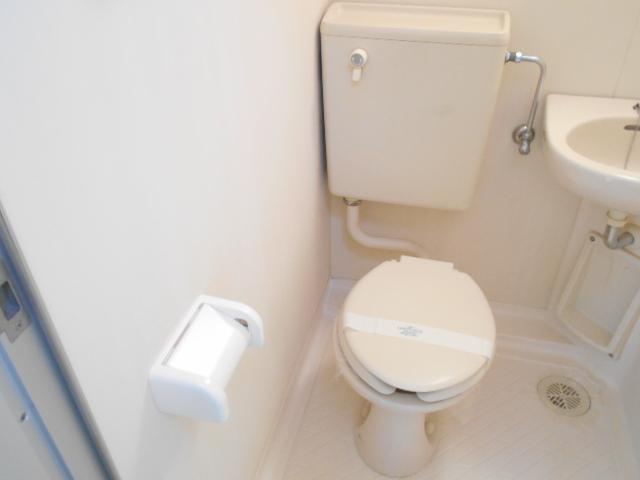 DRホームズ杉並桃井 201号室のトイレ