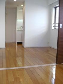 CASSIA新高円寺 508号室のリビング
