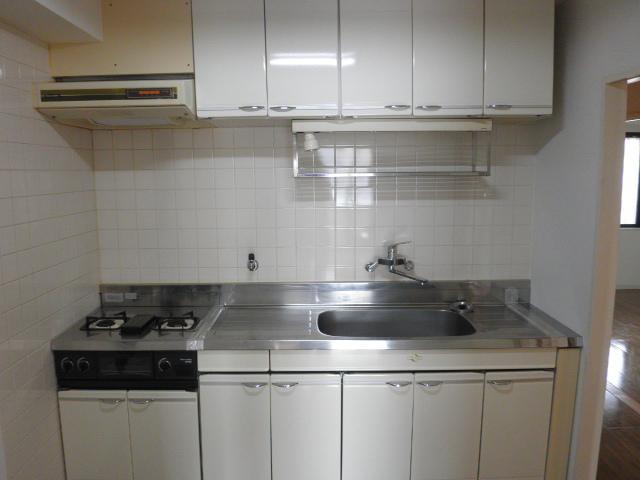 サントルヴィラージュ 401号室のキッチン