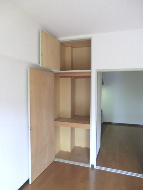 パークシティ浦和Ⅱ 206号室の収納