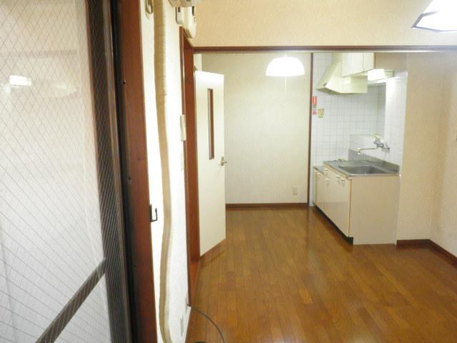 ヴィラアルテミス 306号室の玄関