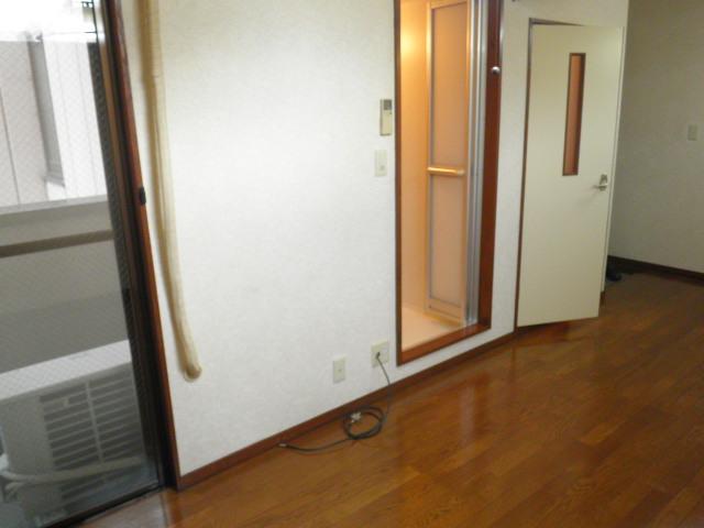 ヴィラアルテミス 306号室のエントランス