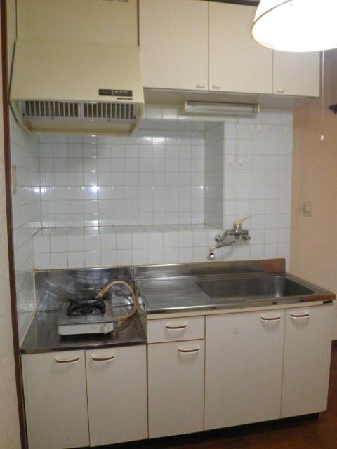 ヴィラアルテミス 306号室のキッチン