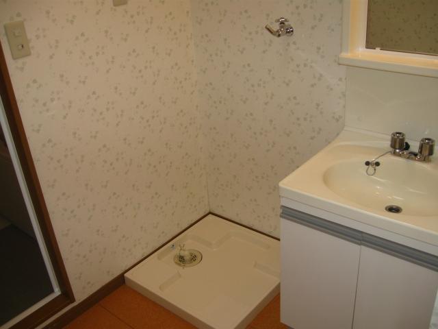 コーポラス小山 301号室の洗面所