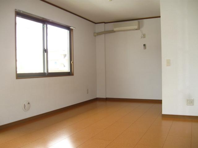 コーポラス小山 301号室の居室