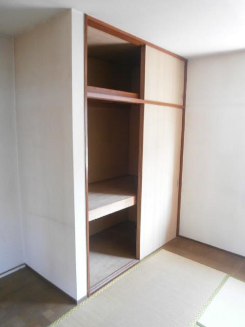 品田ハイツ 201号室の収納