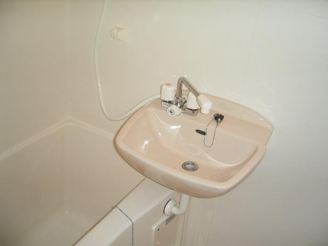 グランパルクⅣ 4105号室の風呂