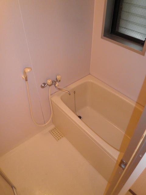 グリーンハイツ9 103号室の風呂