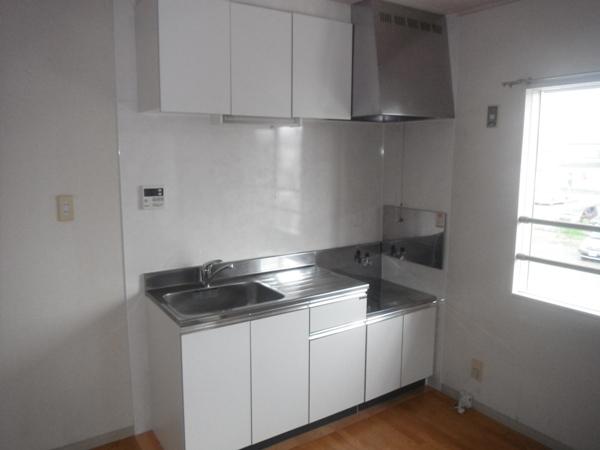 ファームハイツA 205号室のキッチン