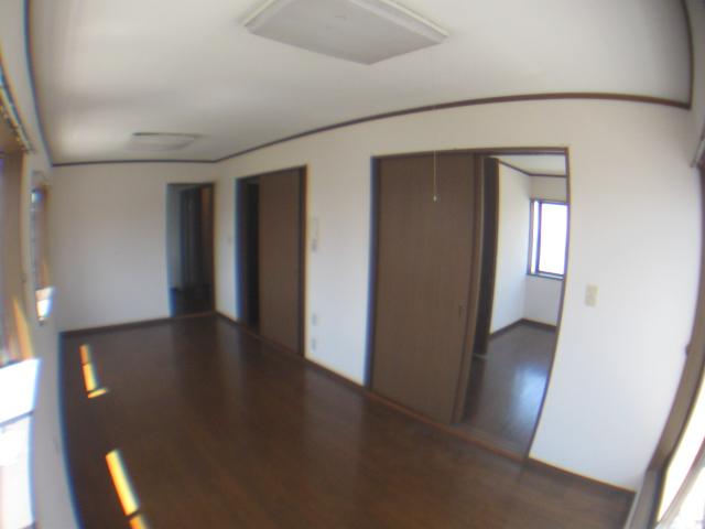 コーポヒルトップ 202号室のリビング