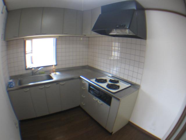 コーポヒルトップ 202号室のキッチン