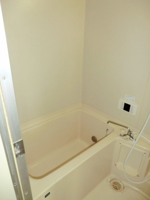 マンシオーネKT 301号室の風呂